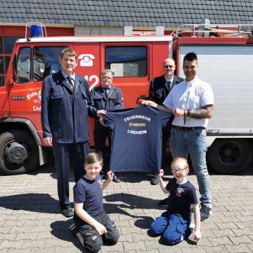 Neue Vereins T-Shirts für die Jugend- und Kinderfeuerwehr
