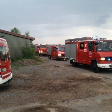 Brand nach Sturm in Hähnchenmastanlage